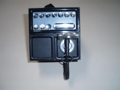ableau Bord 9 Voyants avec sécurité moteur - FOCS LDW502 LDW602 LDW702 LDW903 LDW1003 LDW1204 LDW1204 CHD LDW1503 LDW1603 LDW2004 LDW2204 LOMBARDINI 7245500 7245409 7245453 SAPRISA A006 A007
