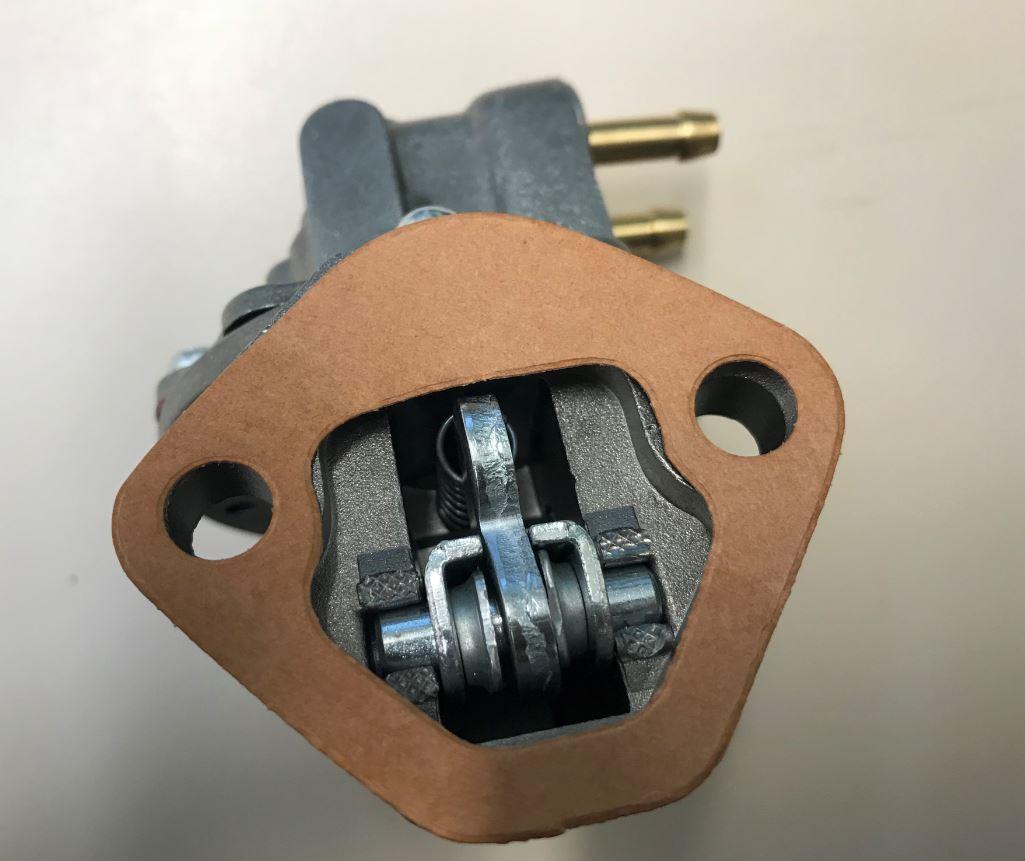 pompe alimentation la400 la490 ancien mod 232 le lombardini bcd 1780 lombardini 6585006 cermag