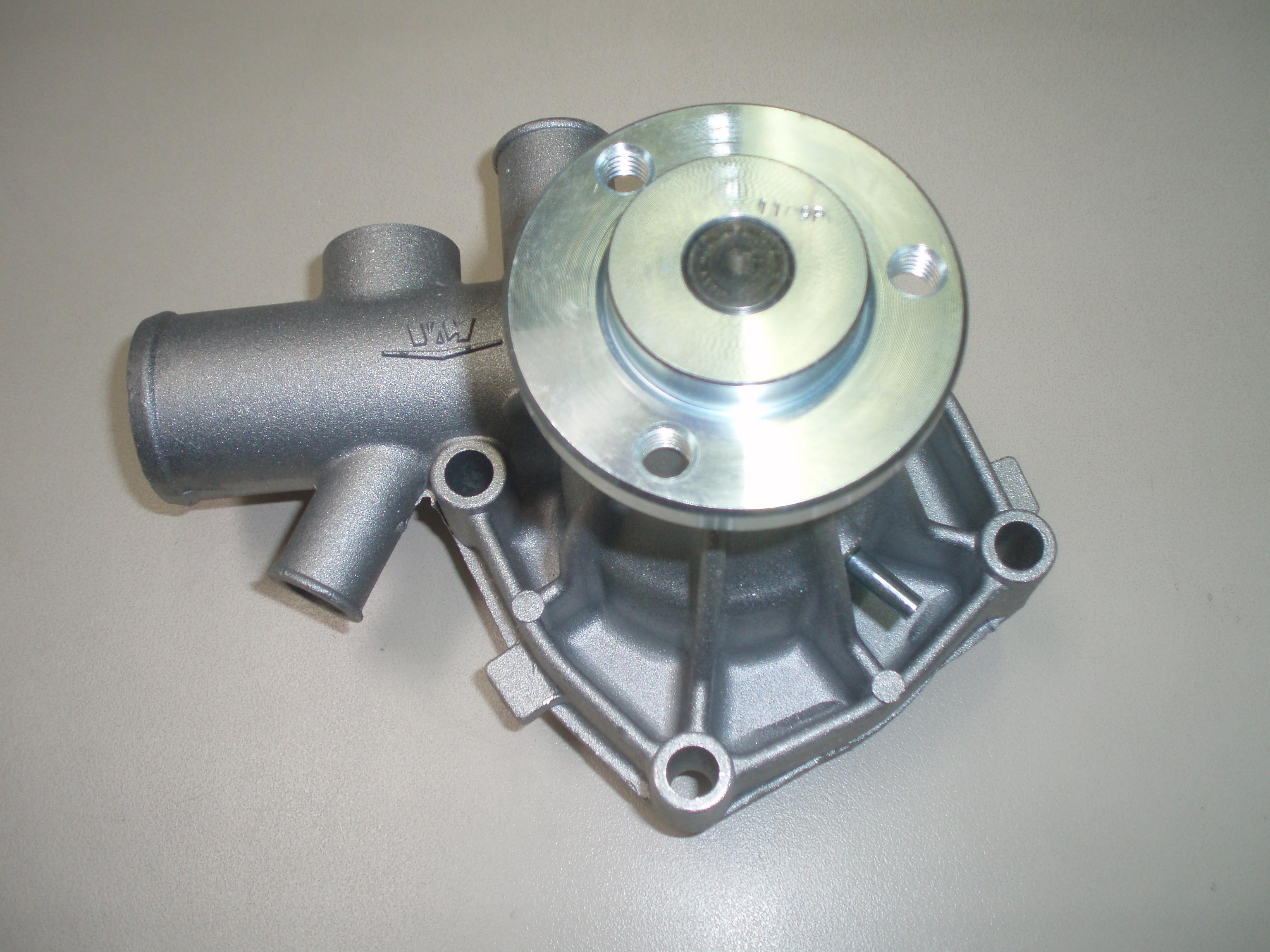 Pompe eau VM15202009 VM92A/3 VM92A/3-04243 HR484HP HR394HPT D703LT (version GOLDONI et CARRARO ANTONIO - HR494H (Version CARRARO ANTONIO) VM15202009F