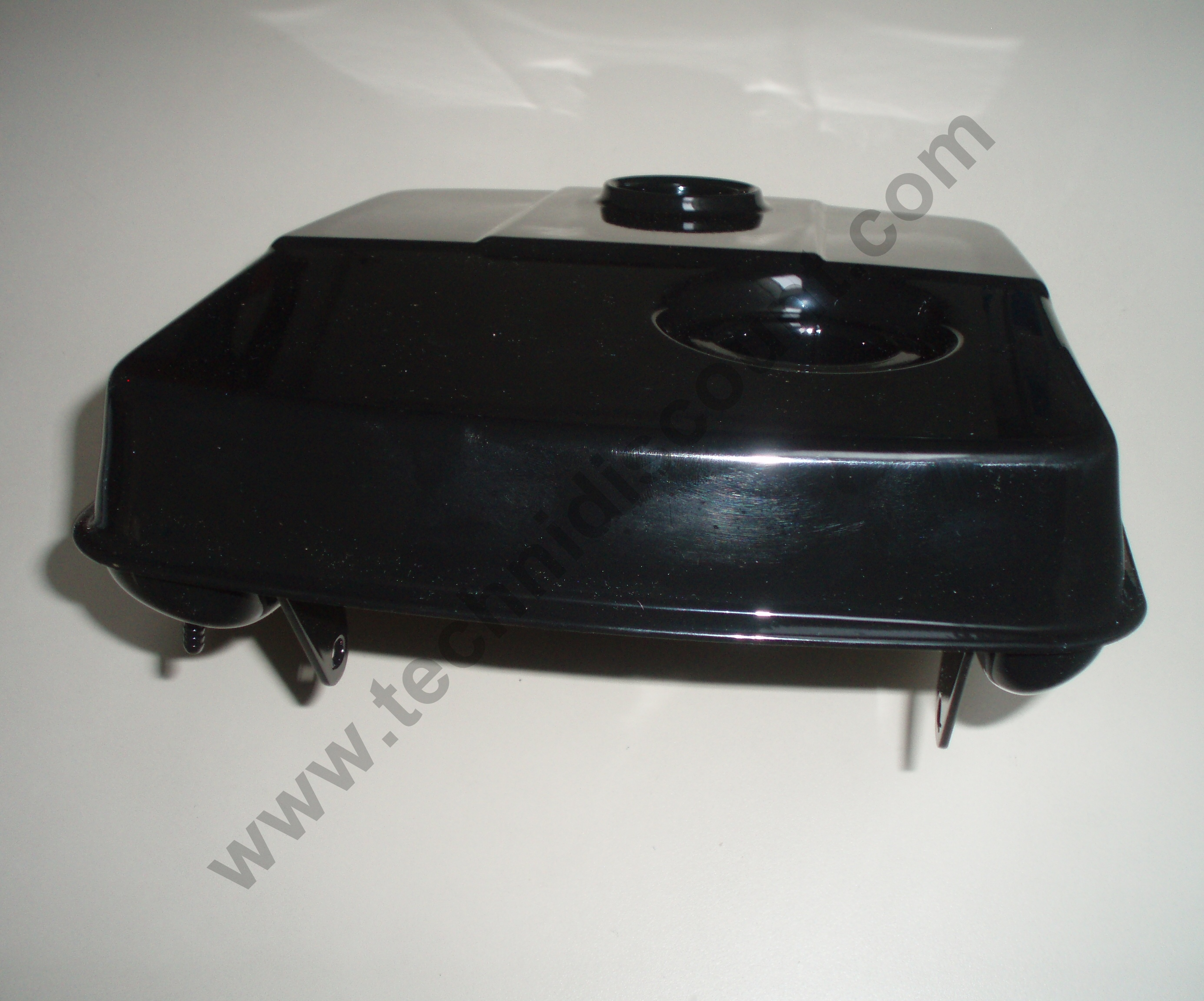 Reservoir essence IM250 IM300 IM350 IM359 LOMBARDINI 2 sorties 8103272 / ED0081032720-S