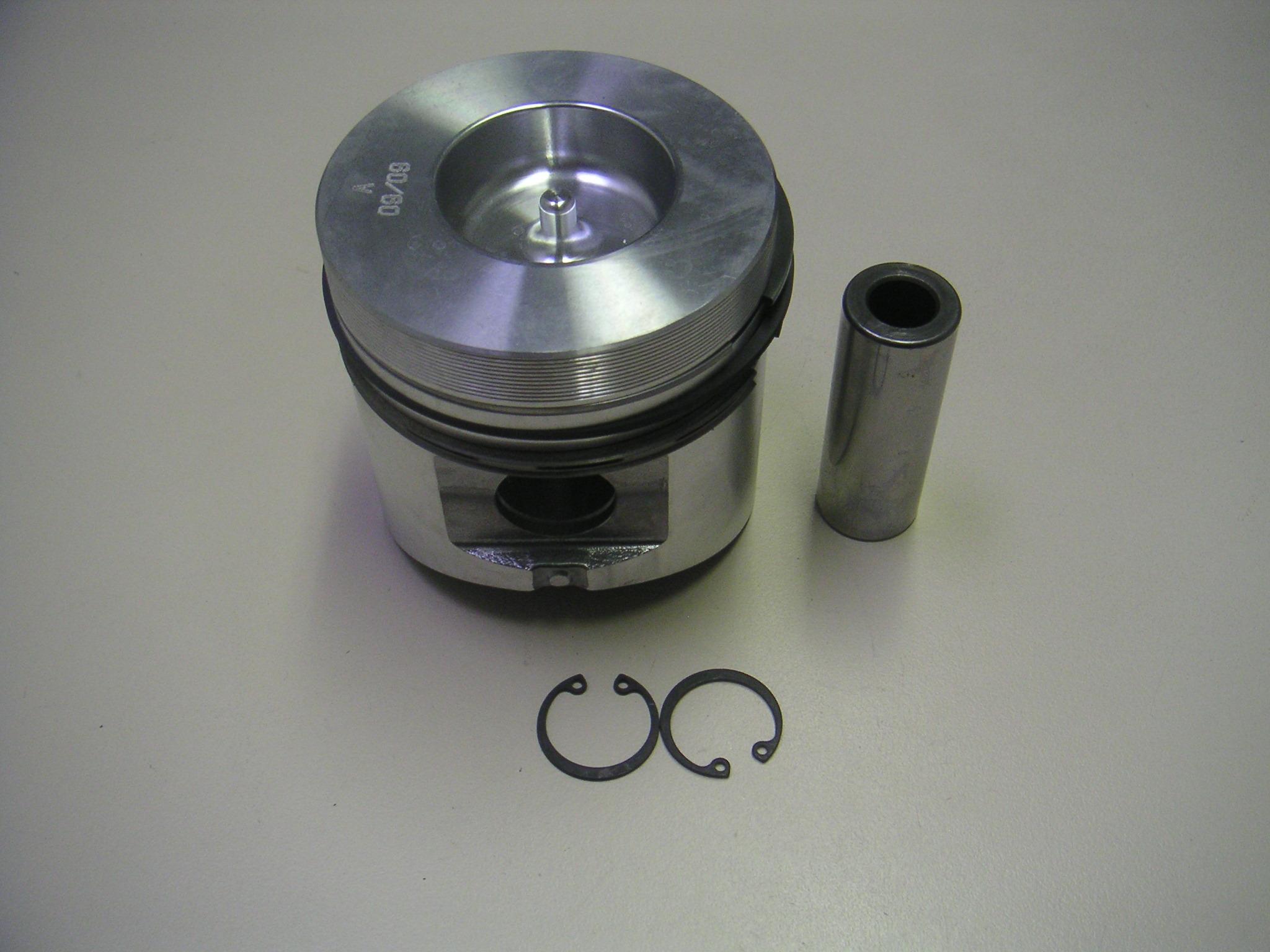 Piston LDA510 3LD510 3LD511 adaptable LOMBARDINI (Ø85 : FIN157PC00 - 6501073 ou Ø85.50 : 6501074)